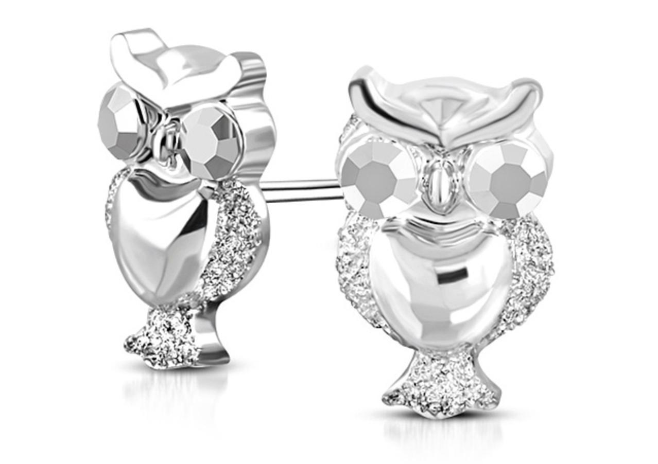 10473a4a9 Ak chcete ozdobiť svoje telo, vyberiete si módne kúsky odevov, ktoré  doplníte šperkami. Symbol moci, bohatstva a krásy.